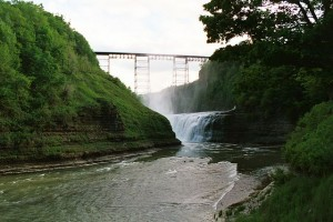 """Letchworth State Park Upper Falls 2002"" by Andreas F. Borchert. Licensed under CC BY-SA 3.0 de via Wikimedia Commons - https://commons.wikimedia.org/wiki/File:Letchworth_State_Park_Upper_Falls_2002.jpeg#/media/File:Letchworth_State_Park_Upper_Falls_2002.jpeg"