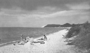 Shoreline recreation opportunities were one type of activity highlighted in the 1941 NPS report. Photo: NPS
